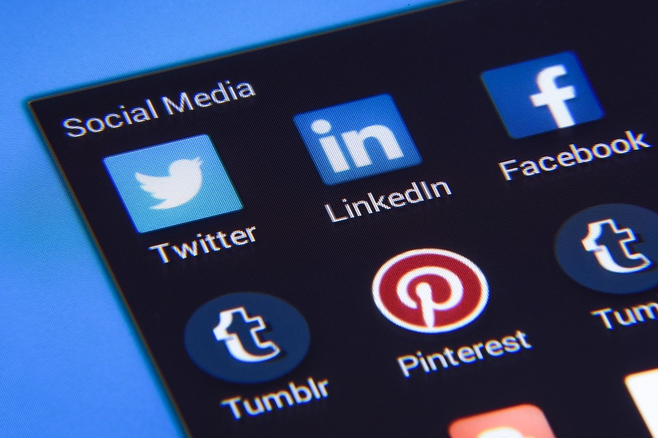 Job opportunities on social media channels in Ireland Dublin